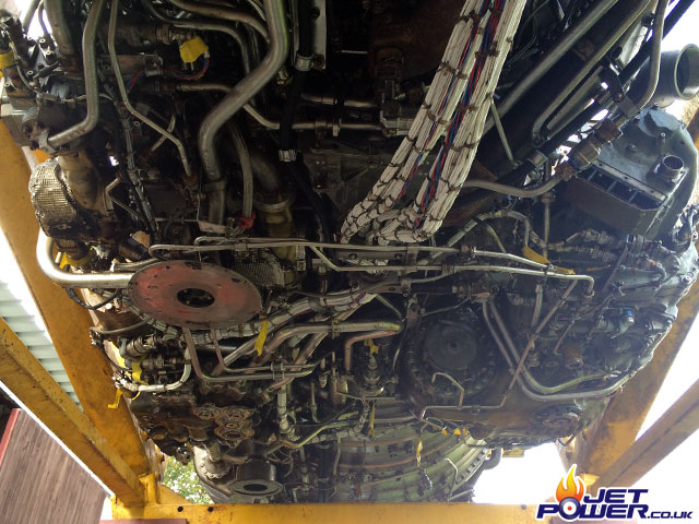 As I am now able to access the underside of the engine it was time to inspect it for damage etc, it's somewhat daunting when you first get under there, an awful lot going on.